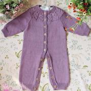 0-3岁宝贝服饰编织之从领口开始织的棒针婴幼儿开扣连体衣