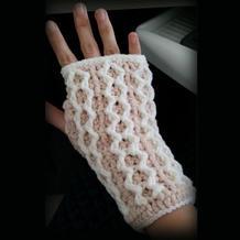 钩针编织漂亮的无指手套教程