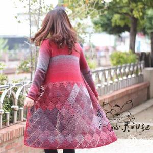 女士长款毛衣之棒针孔雀段染钩织结合开衫毛衣外套织