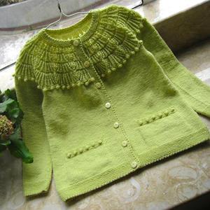 儿童手编毛衣款式之从上往下织圆肩开衫毛衣