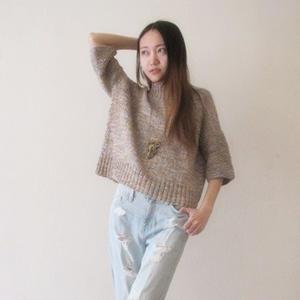 时尚手编女士毛衣款式之宽松塌肩七分袖套衫