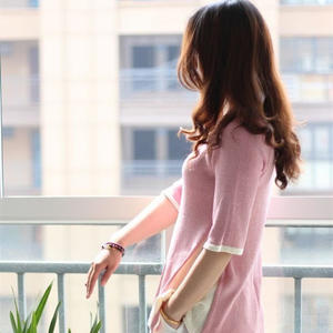 手工编织毛衣款式之女士春夏棒针中袖宽摆套头衫