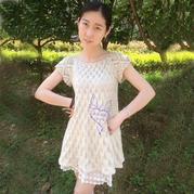 女士手编毛衣款式之不用穿打底的钩织结合夏季镂空衫裙