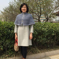 手编女士服饰款式之棒针编织气质款系扣条纹小披肩