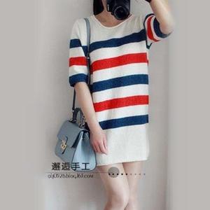 女士春夏手编毛衣款式之五分袖宽松条纹棒针连衣裙