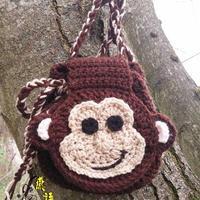 手工编织趣味钩包之儿童钩针小猴束口背包