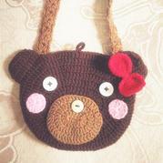 送孩子的礼物之简单可爱手工编织钩针小熊挎包