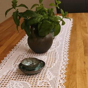 手工钩花蕾丝桌饰之钩针方格编长条桌旗