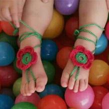送宝贝儿童节的礼物 小脚丫钩针花朵配饰