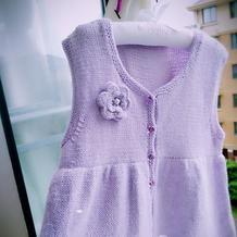 儿童淡紫色贝贝绒棒针公主背心裙
