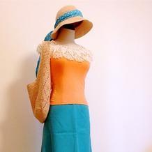 夏日出游用女士钩针服装配饰套装(包包、帽子、假领子)