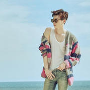 7月20日首播韩剧中的时尚钩编毯 男主欧巴撩人毛衣外套秀