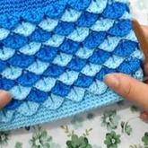 钩针鱼鳞包包的钩织方法编织视频教程