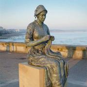 在你的城市风景线中是否有编织元素的雕塑?