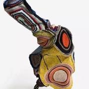 尼克·凯夫的软雕塑:编织与舞动的艺术
