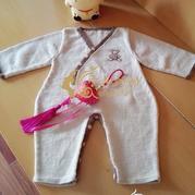 小萌熊棒针婴儿斜襟连体衣