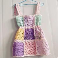 儿童钩针经典祖母方格吊带裙