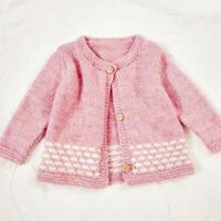 简单好织的棒针婴儿假提花小开衫