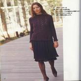女士深紫色棒针荷叶边镂空花套衫