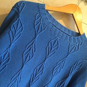 女士棒针浮雕花纹真丝羊绒衫-编织教程-编织人生