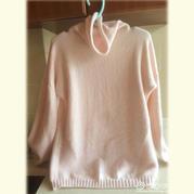 前后两面都可穿的粉嫩女士棒针堆领羊毛衫