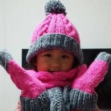 儿童冬季保暖三件套(粗针织毛线帽子围巾与手套)