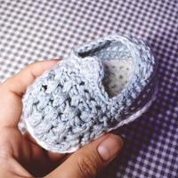 男女宝宝都适合的软萌钩针宝宝鞋