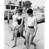 独家分析——20世纪50年代、西方优雅年代与中国女性服装记忆