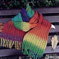 毛线编织绳索巧制毛衣或围巾流苏