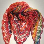 长段染蕾丝编织经典女士钩针三角披肩