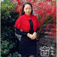 中国红女士钩针披肩