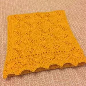 爱沙尼亚山谷百合金羊棒针蕾丝围巾