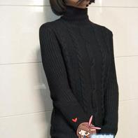 女士经典黑色高领麻花毛衣