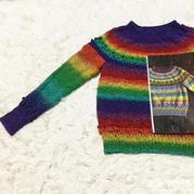 彩虹段染儿童棒针圆肩毛衣