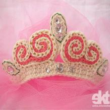 图文详解钩针甜美公主皇冠编织教程