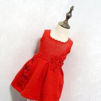 喜气洋洋红色儿童钩针花朵连衣裙