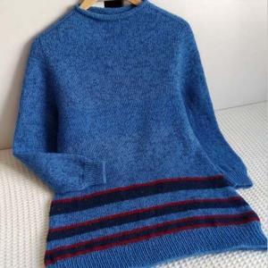 不需缝合的自带袖女士棒针打底毛衣