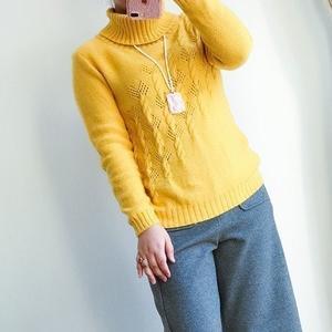 时尚百搭明黄女士棒针大翻领羊绒衫