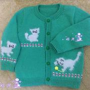 宝宝棒针淘气小猫咪图案开衫毛衣