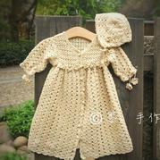 钩针编织新生儿满月礼裙套装