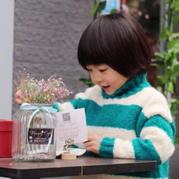 男女宝宝都适合的时尚百搭儿童棒针条纹毛衣(2-1)