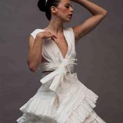 大牌十足的婚纱竟然是用卫生纸做的