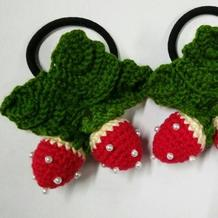 为宝贝私人订制的漂亮钩针草莓头花 家有女宝的钩起来