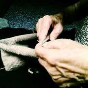 记忆中那年我穿过的五色毛衣