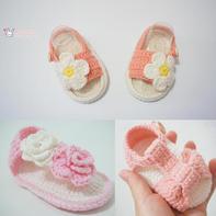 粉萌钩针宝宝小凉鞋编织视频(4-3)花朵夹指凉鞋
