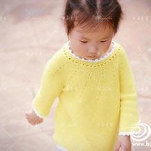 从领口往下织儿童柠檬黄圆肩毛衣