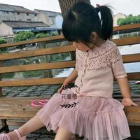 女童葱花钩织结合外搭小开衫