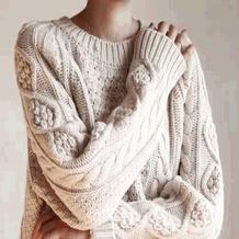 病人医护间用毛衣传递温暖