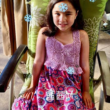 简单漂亮儿童钩布结合彩色裙子