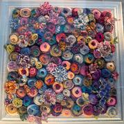 如春花烂漫欧美创意毛线编织工作室橱窗设计